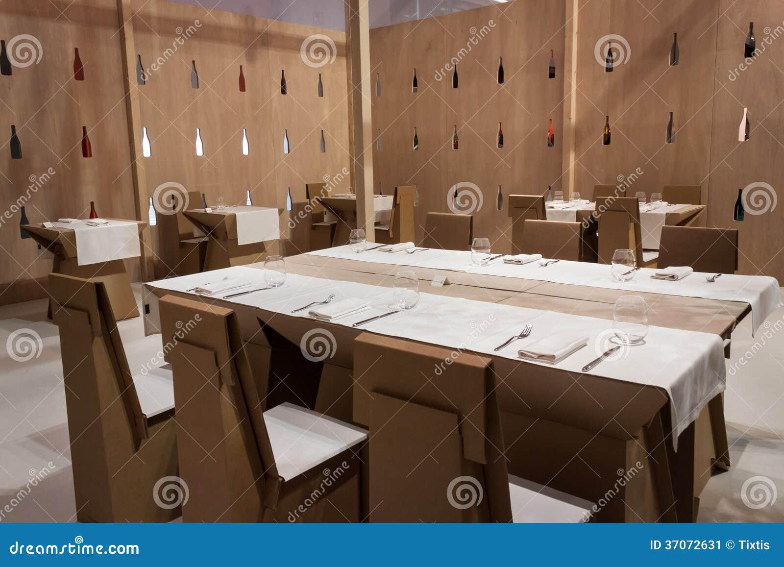 Arredo per home staging sedie moderne in cartone pz