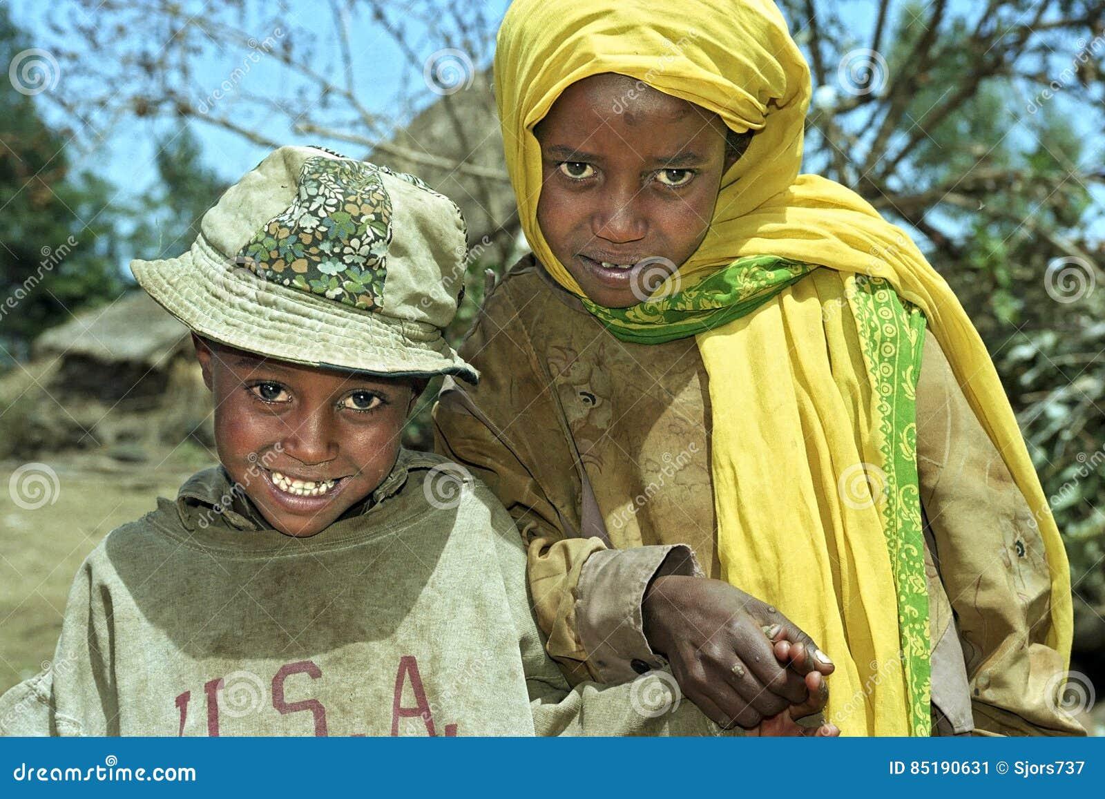 Ritratto del gruppo dei bambini etiopici