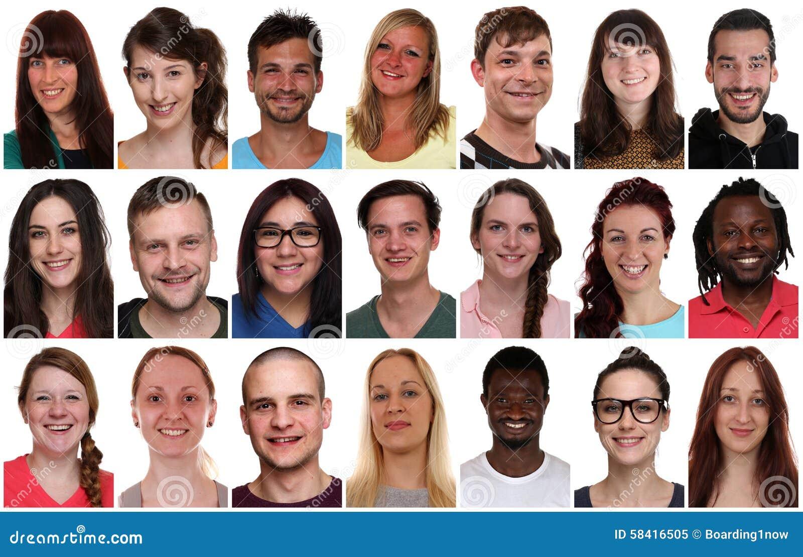 Ritratto del gruppo della raccolta dei giovani sorridenti multirazziali