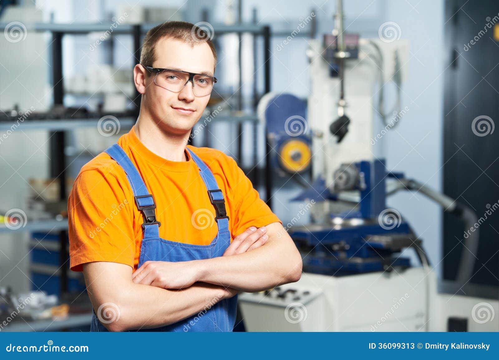 Ritratto del lavoratore dell industria con esperienza