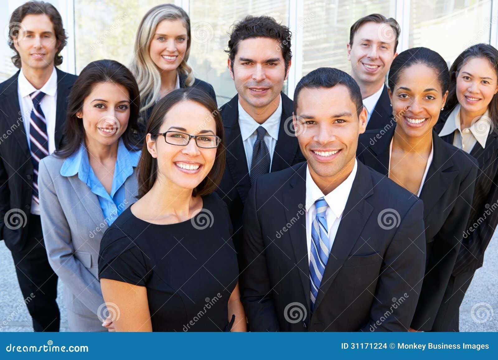 Ritratto dell affare Team Outside Office