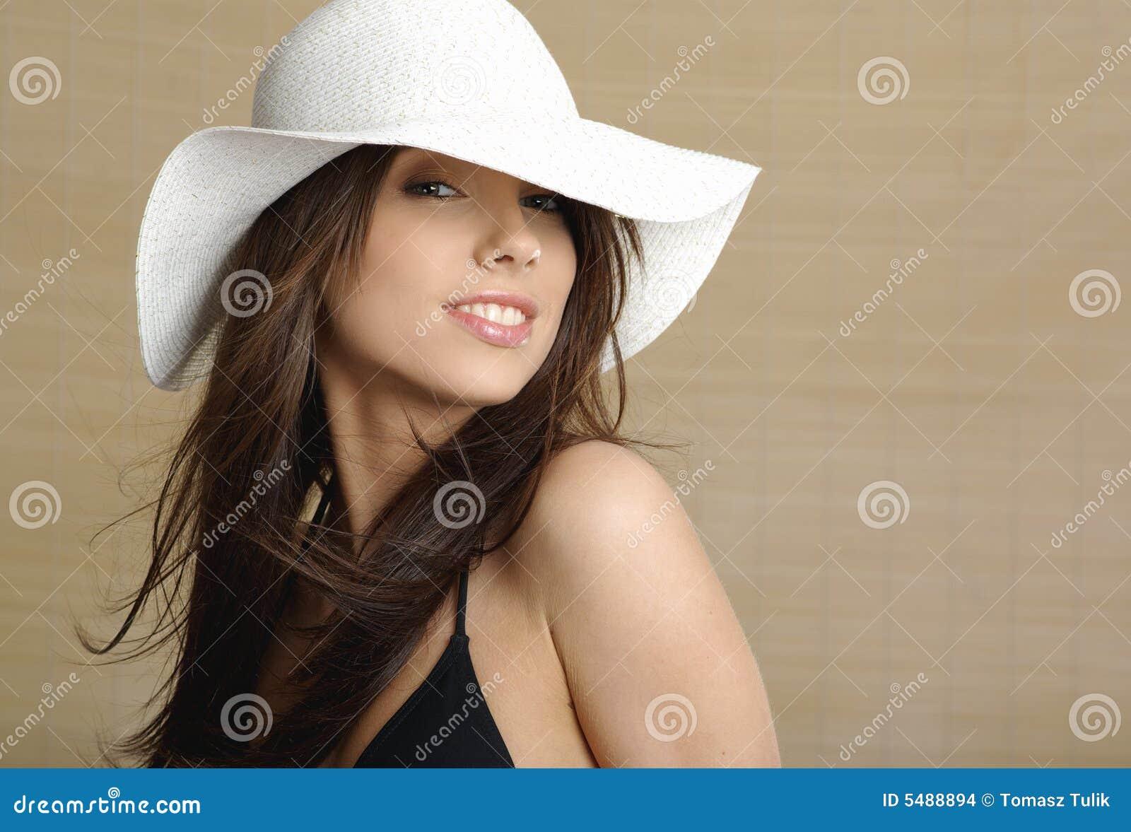 Ritratto della donna di estate