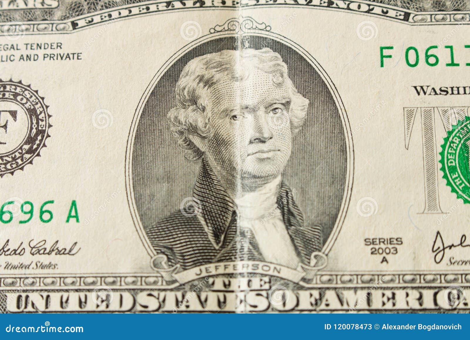 Ritratto di presidente Thomas Jefferson su una banconota in dollari 2 clos