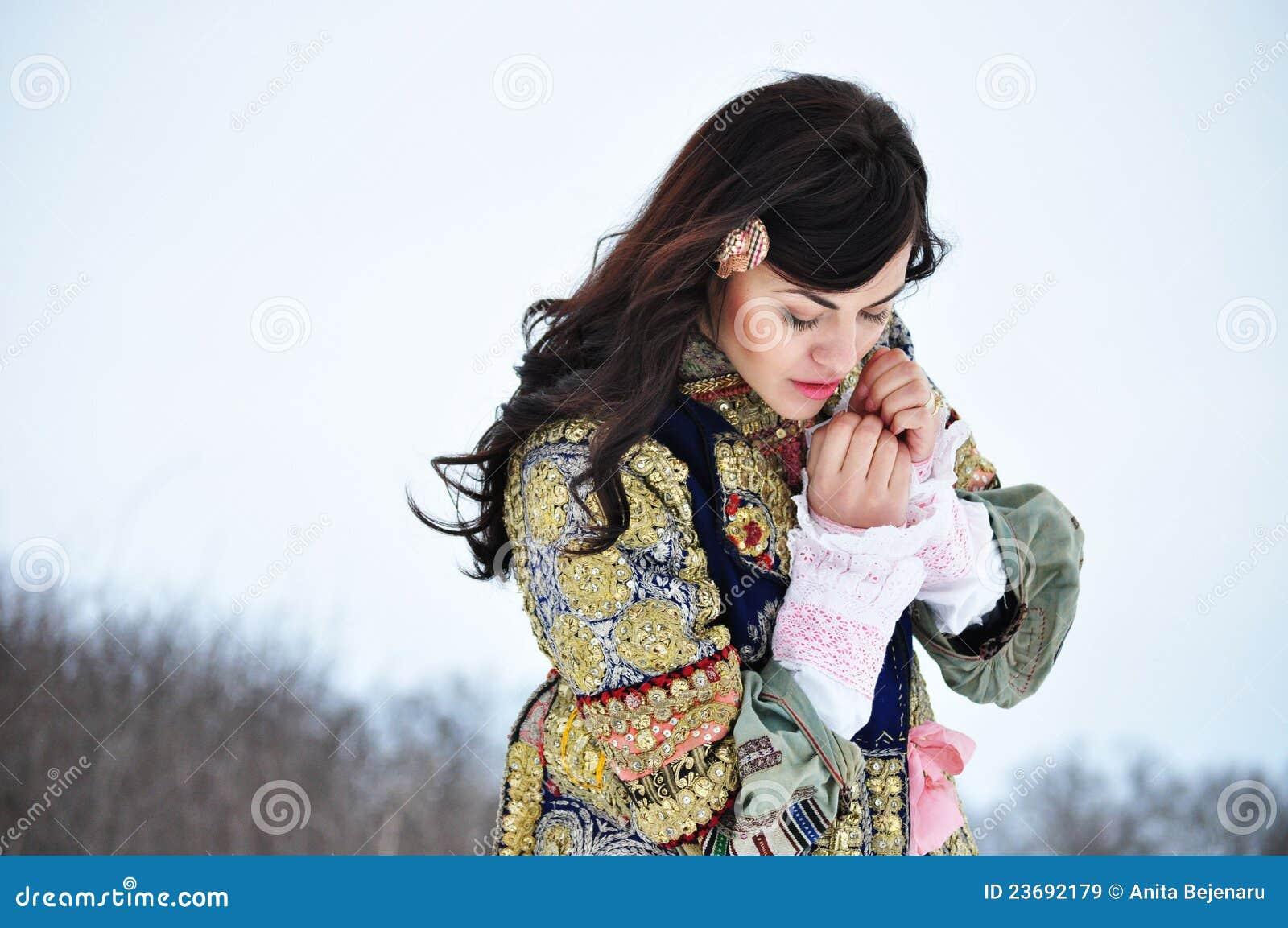 Ritratto di una donna immagine stock. Immagine di nave ...