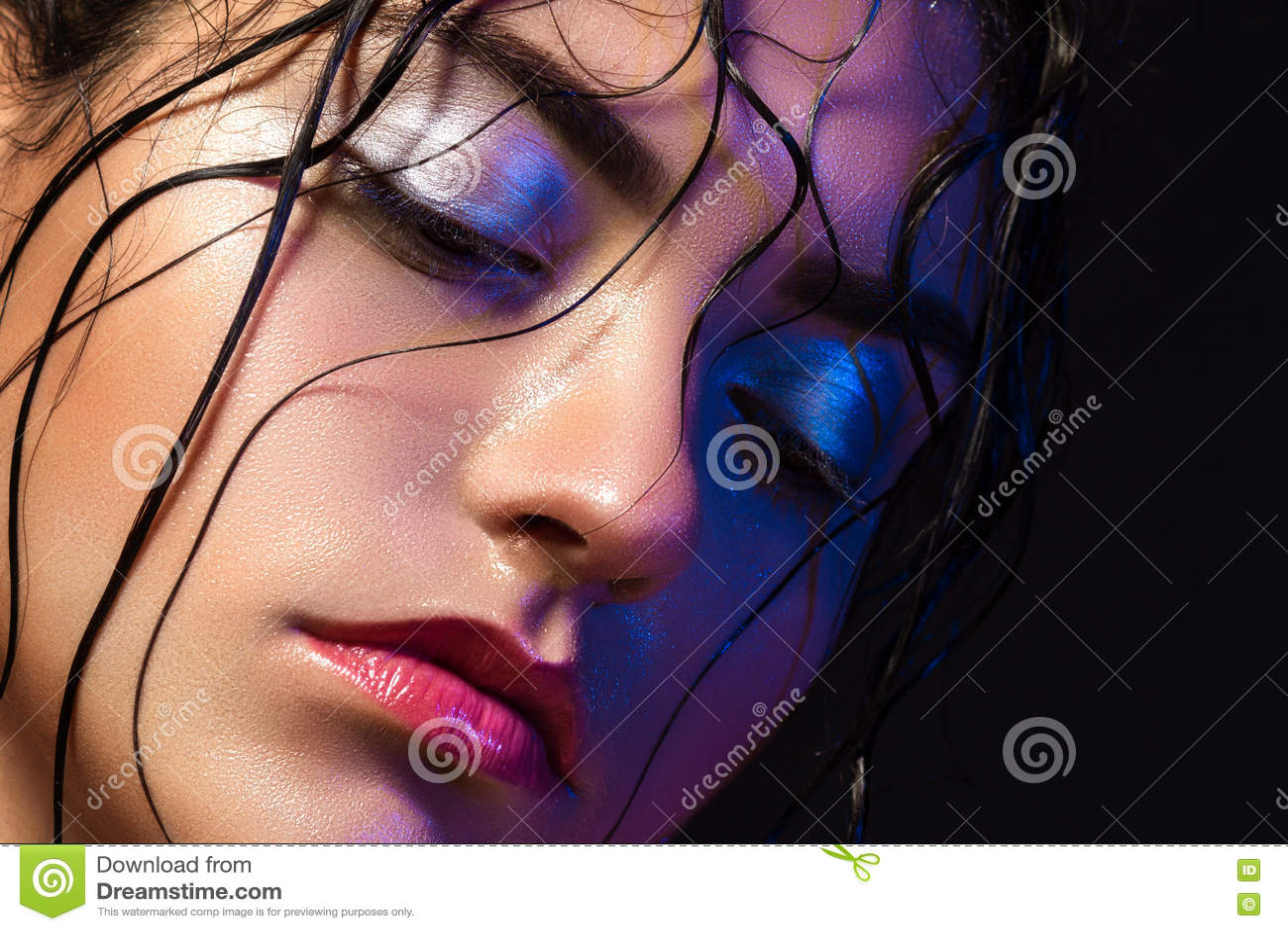 Ritratto di una donna sveglia