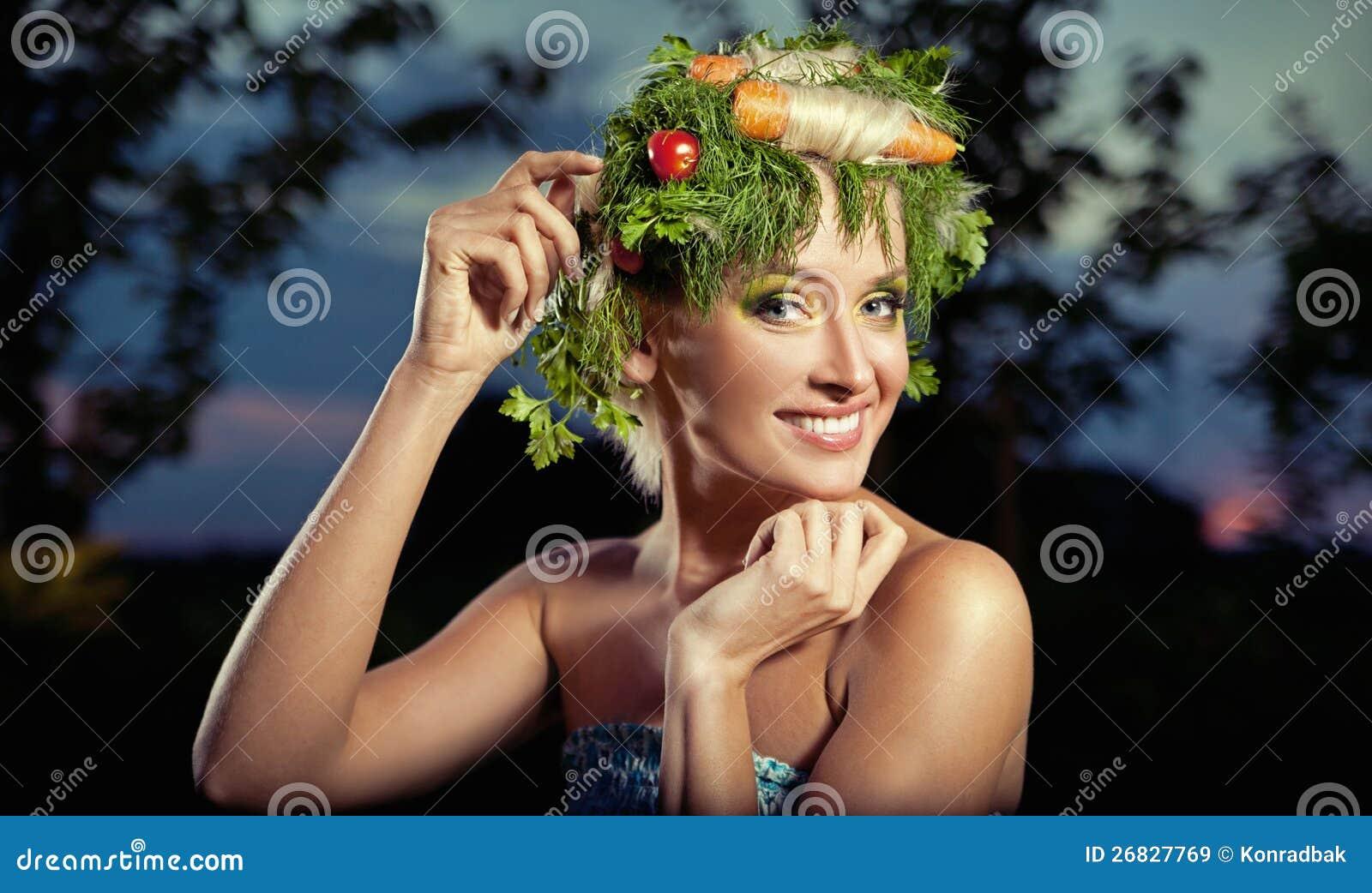 Ritratto di Verdura-stile di una signora bionda