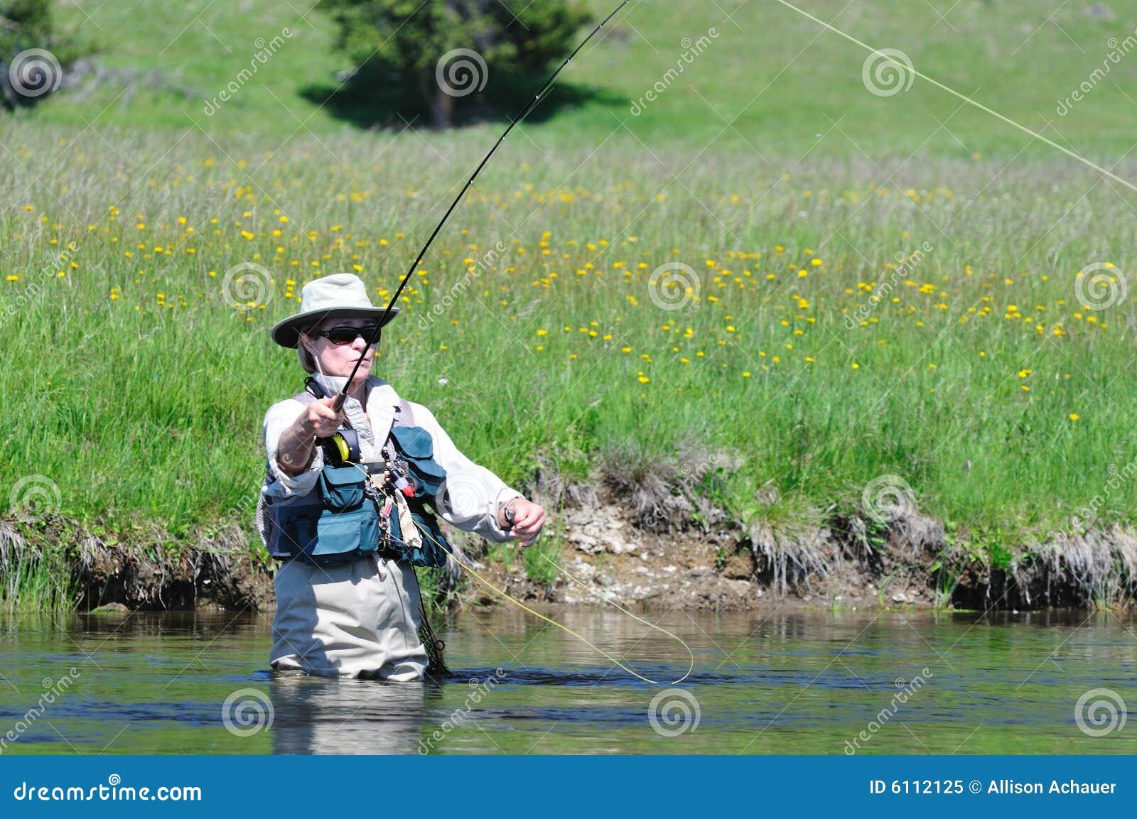 Ritratto femminile maggiore attivo di pesca