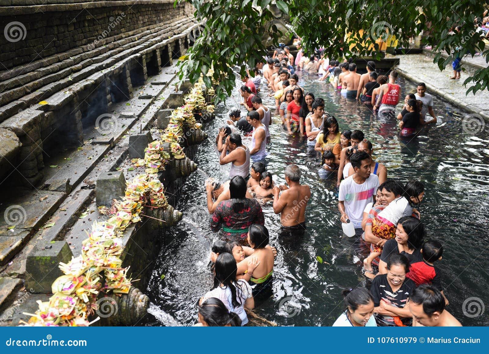 Ritual Bathing at Puru Tirtha Empul, Bali