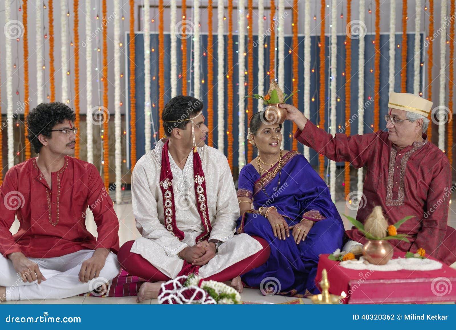 Ritual en la boda hindú india