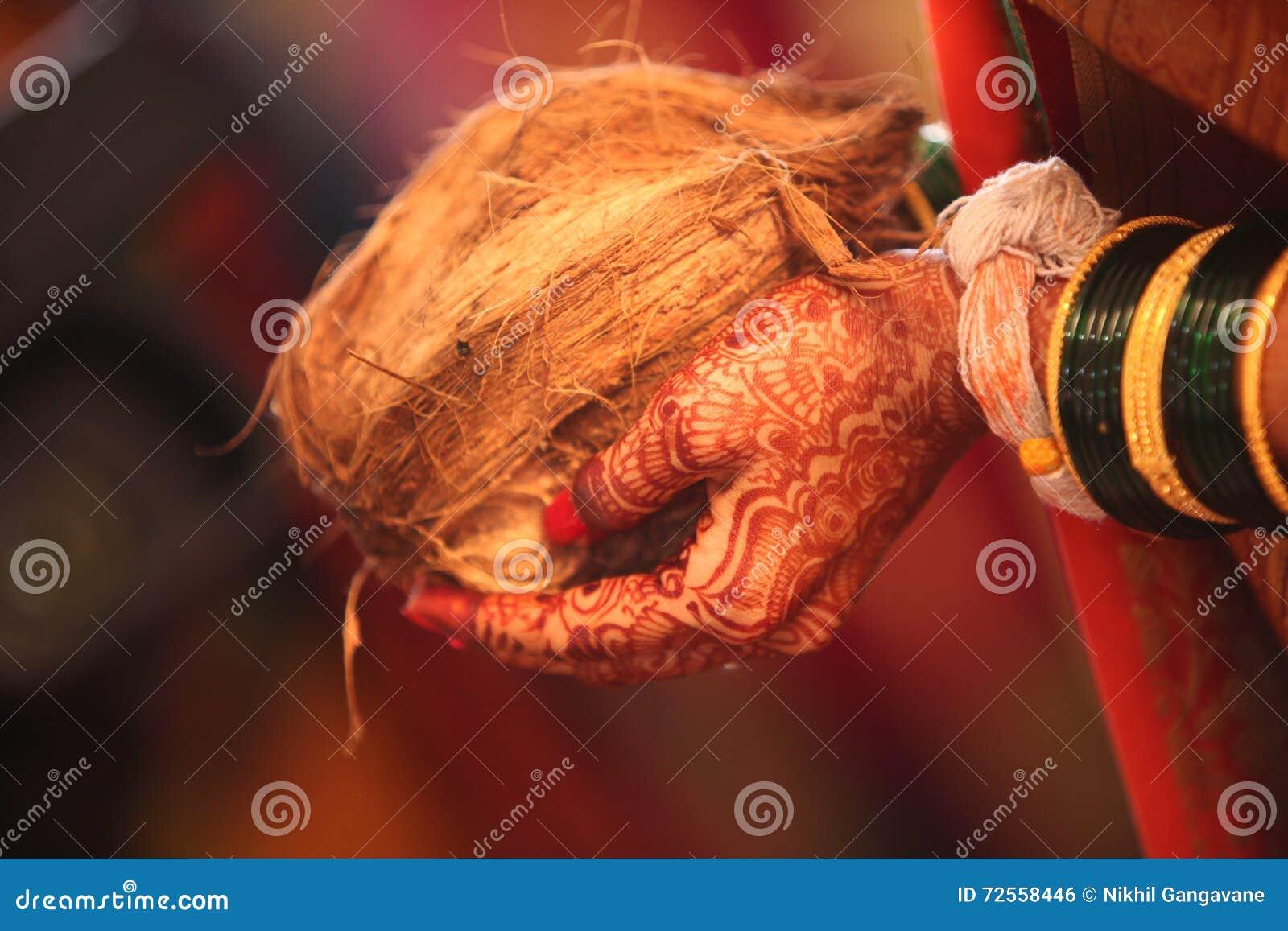 Rituale di nozze della noce di cocco