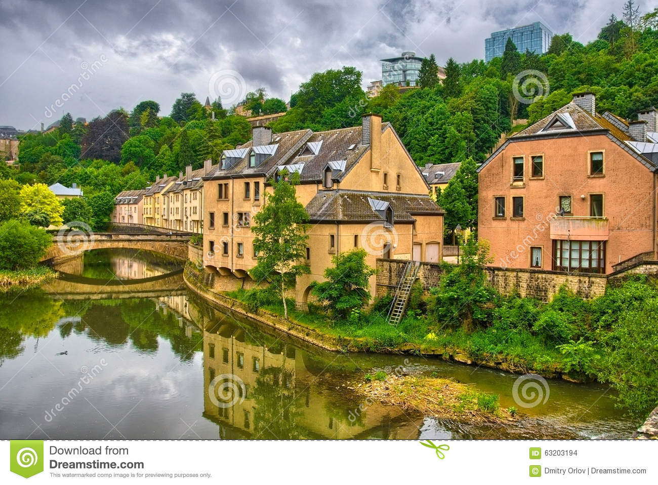 River with houses and bridges in luxembourg benelux hdr for Luxembourg homes