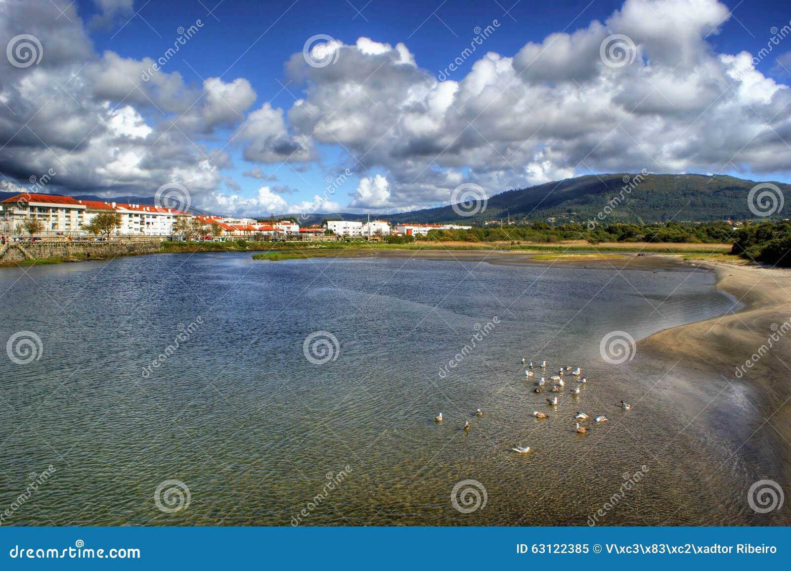 River scenery in Vila Praia de Ancora