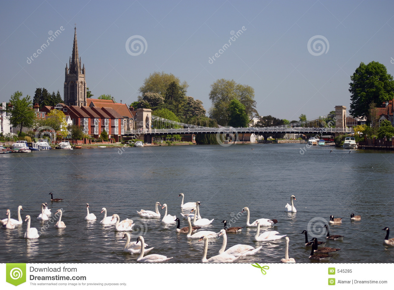 Download River Thames At Marlow England Stock Image - Image of england, houses: 545285