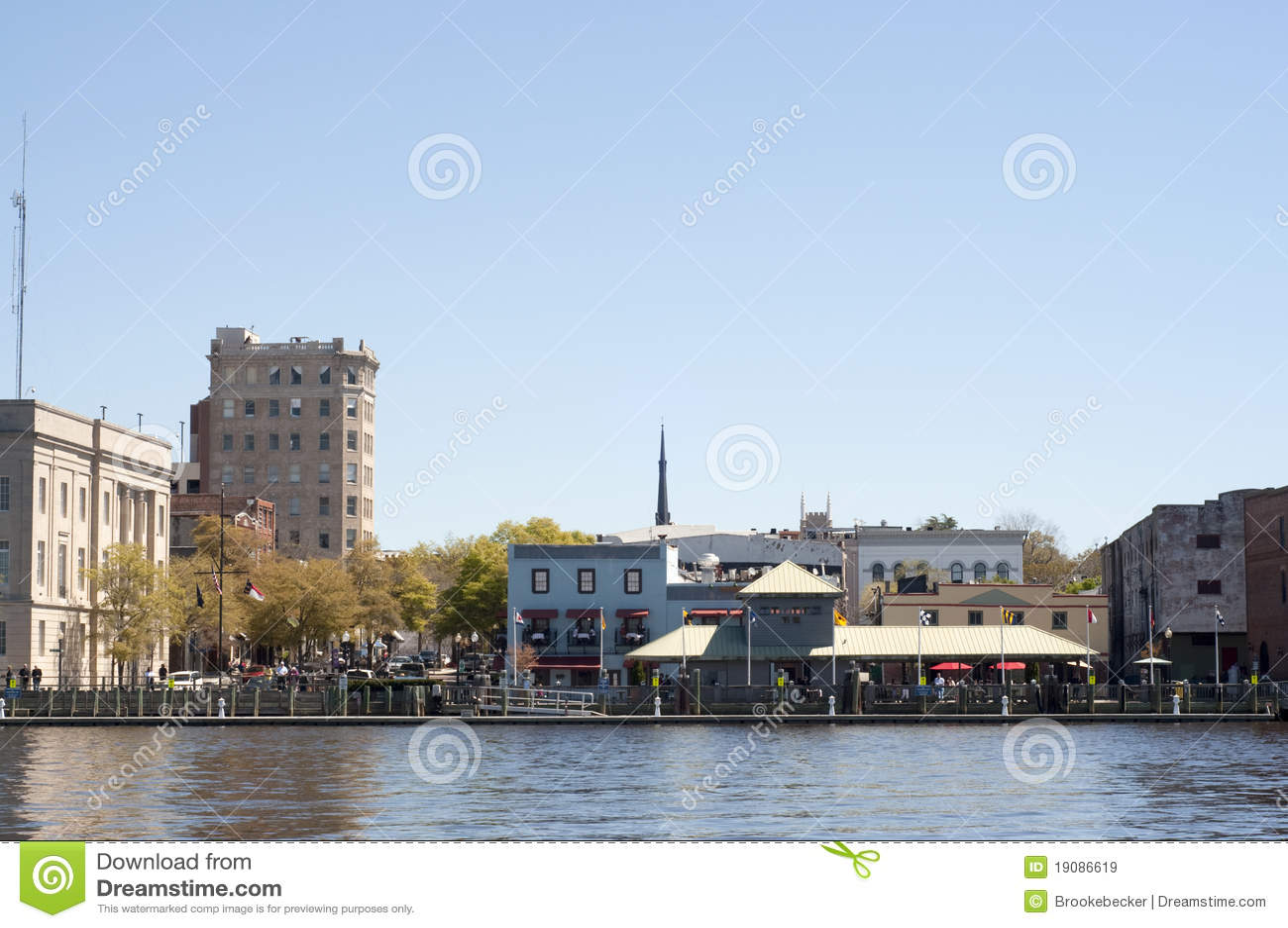Riverwalk in im Stadtzentrum gelegenem Wilmington, NC
