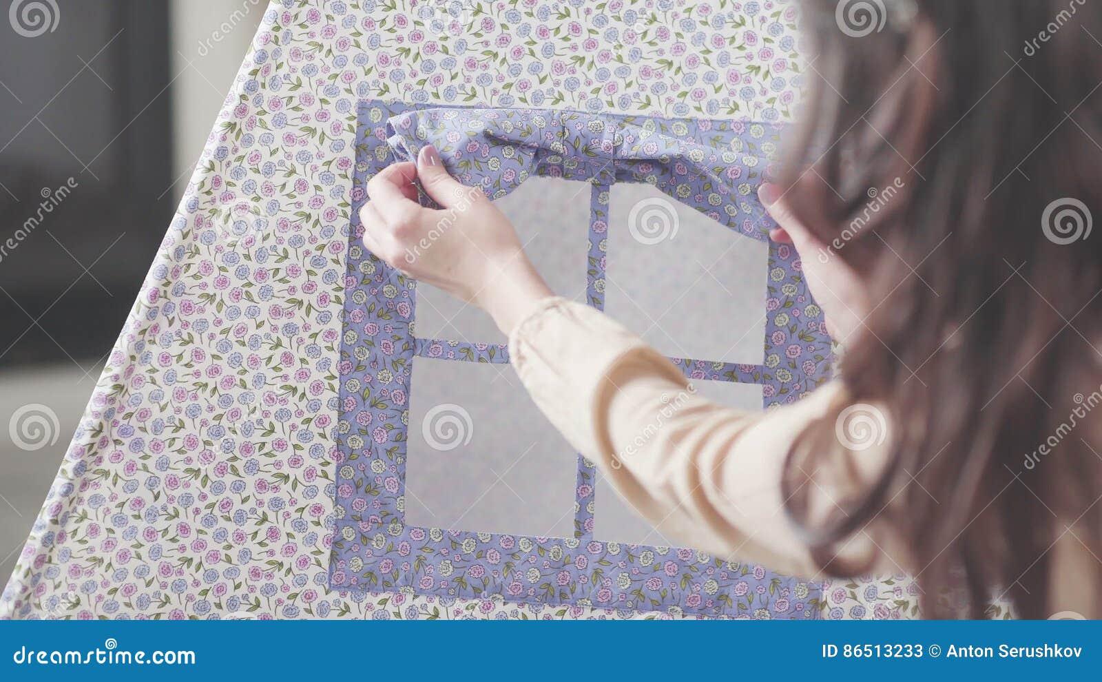 Tende Per Finestra Cameretta Bambini : Rivestimenti del decoratore della donna per fare la tenda del tepee