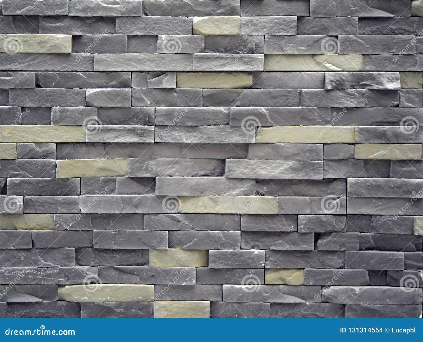 Rivestimento della parete fatto delle lastre di pietra artificiali del  cemento I colori sono grigi e cb305966f7bc