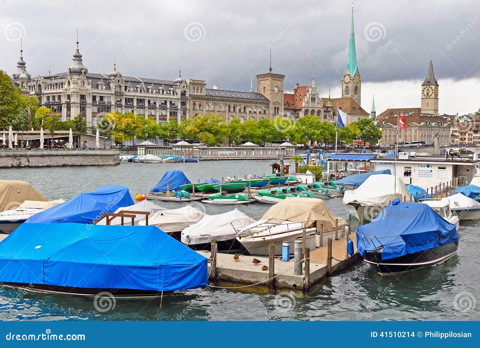 Rivière de Limmat et Zurich, Suisse du centre