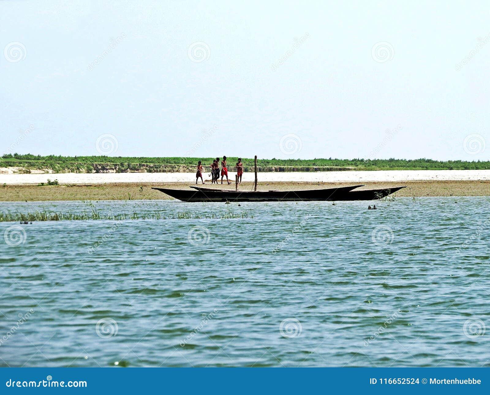 Rivière de Yamuna, le fleuve Brahmapoutre, Bogra, Bangladesh
