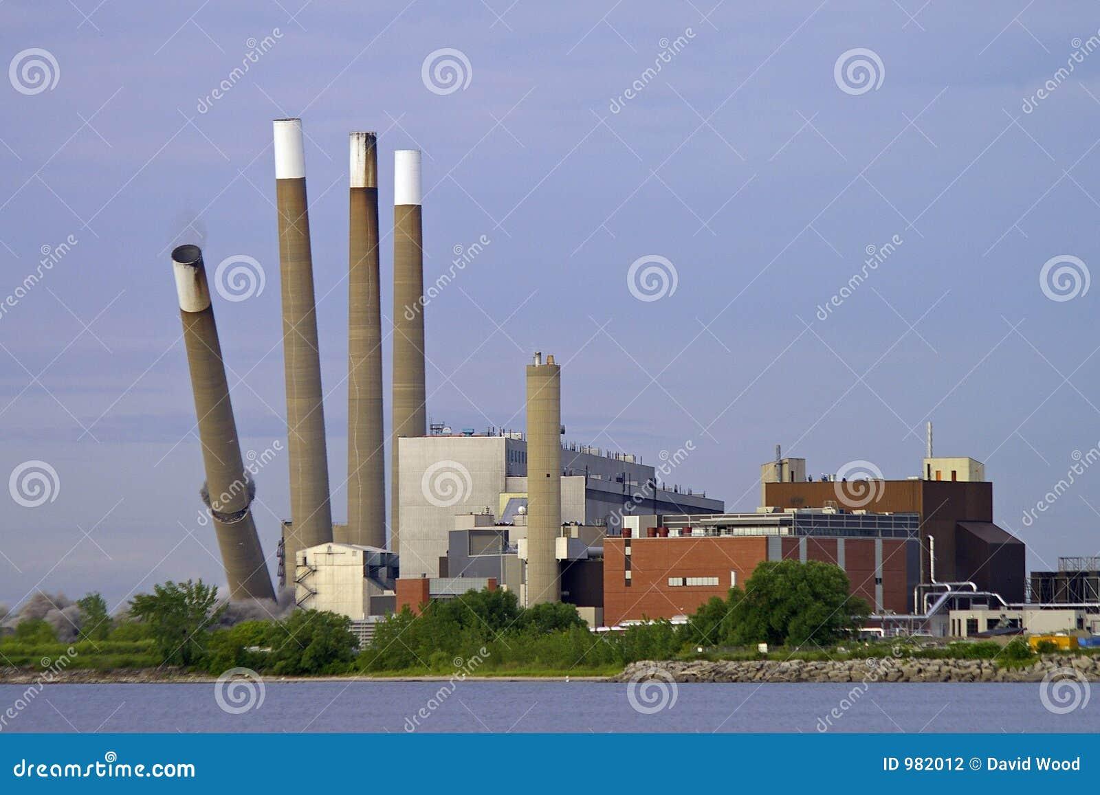 Rivningkraftverk