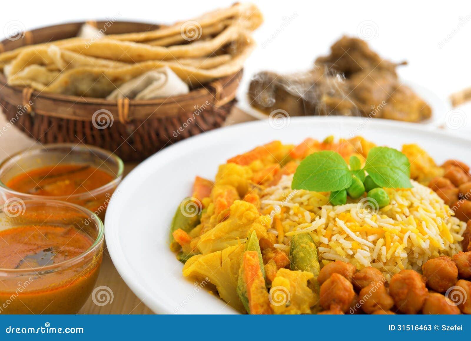 Riz et chapati de biryani photos stock image 31516463 - Cuisine indienne biryani ...