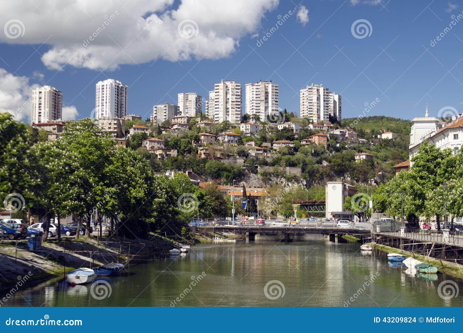 Download Rjecina Flod I Rijeka, Kroatien Arkivfoto - Bild av gammalt, john: 43209824