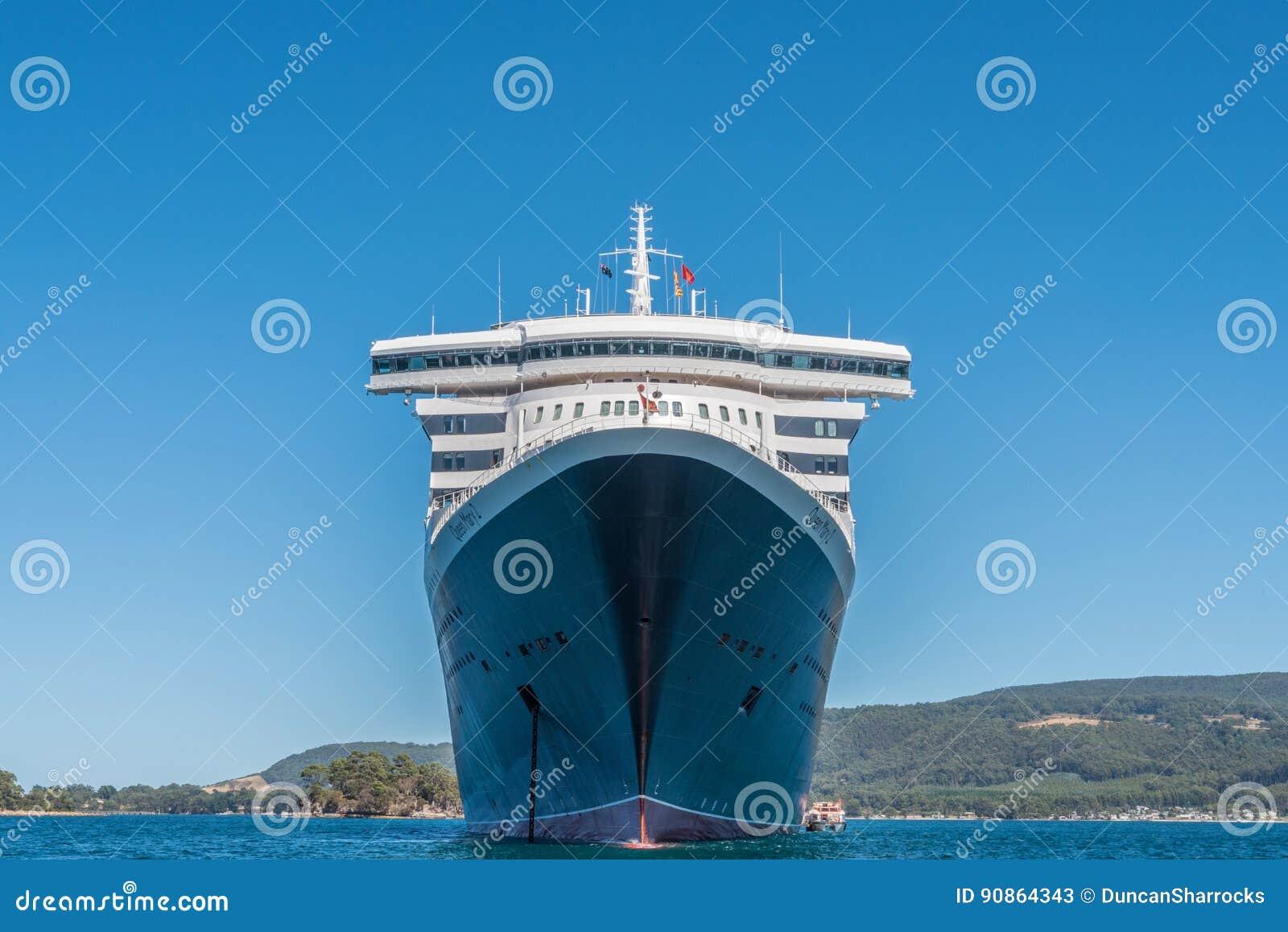 RMS Queen Mary 2 en el ancla, Port Arthur, Tasmania