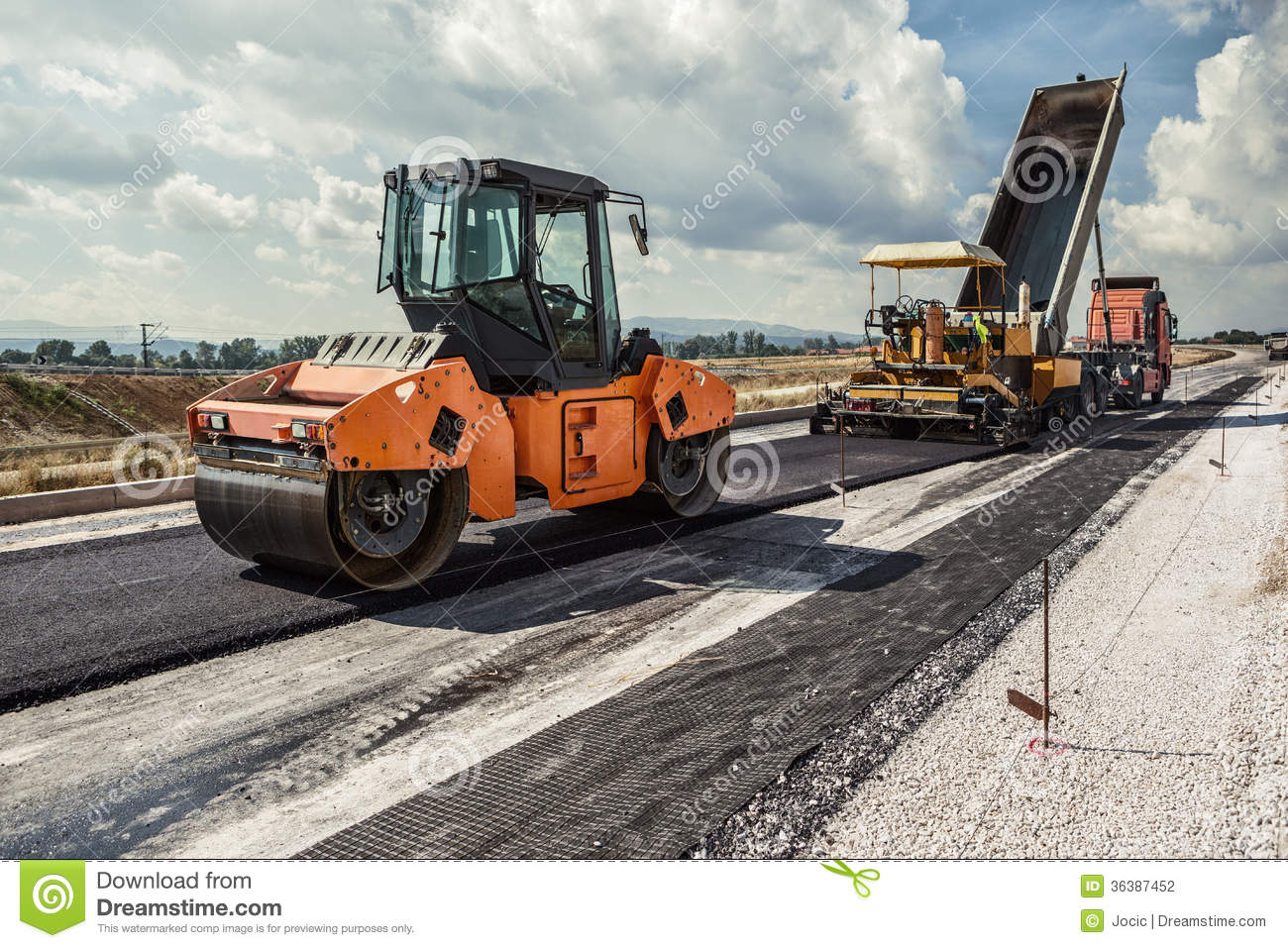 construction of the road Paving the way is a partnership of morpc, the city of columbus, odot, and fhwa to provide information about ongoing road construction information in order to alleviate traffic congestion for commuters in and around columbus.