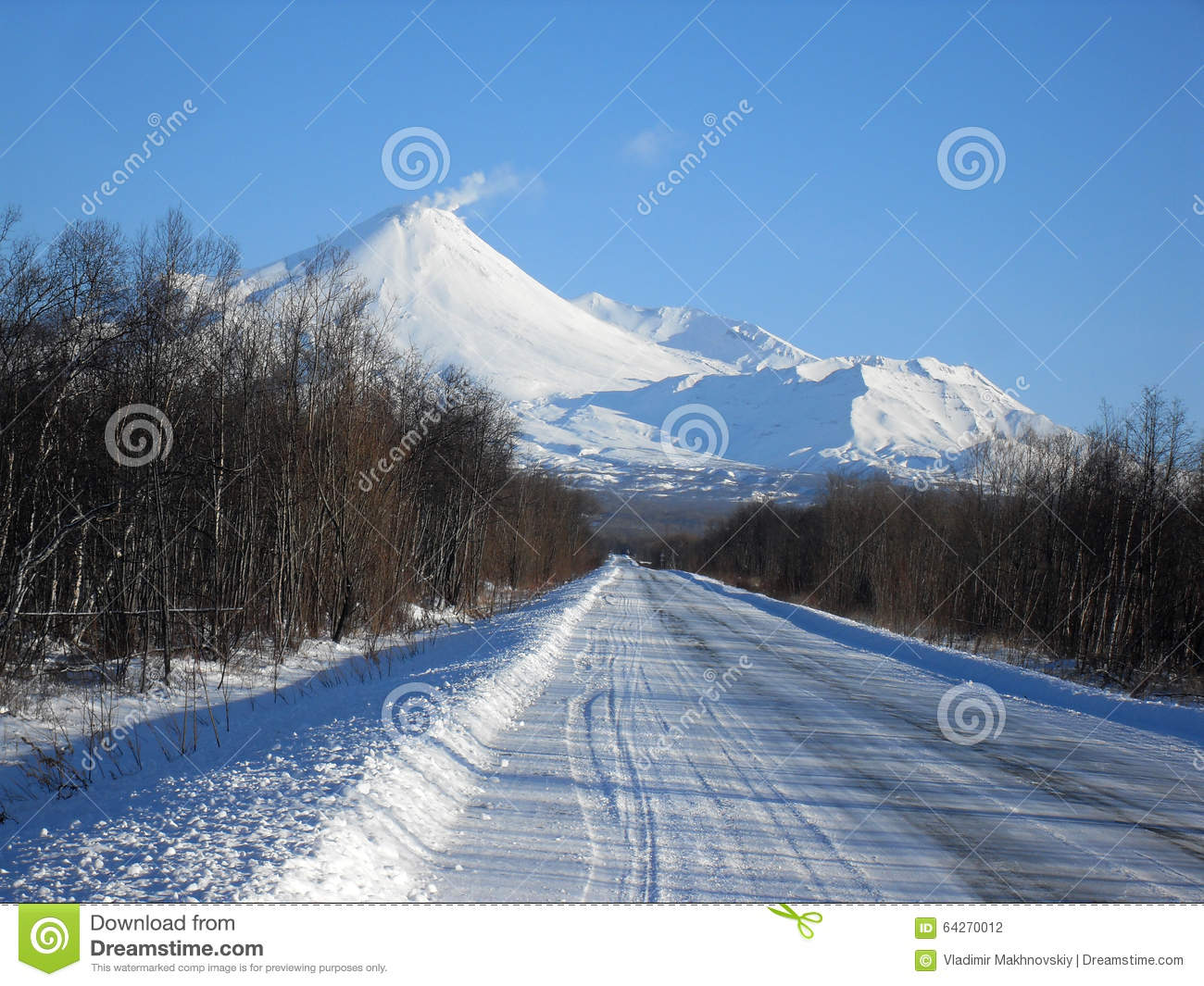 The road to the volcano