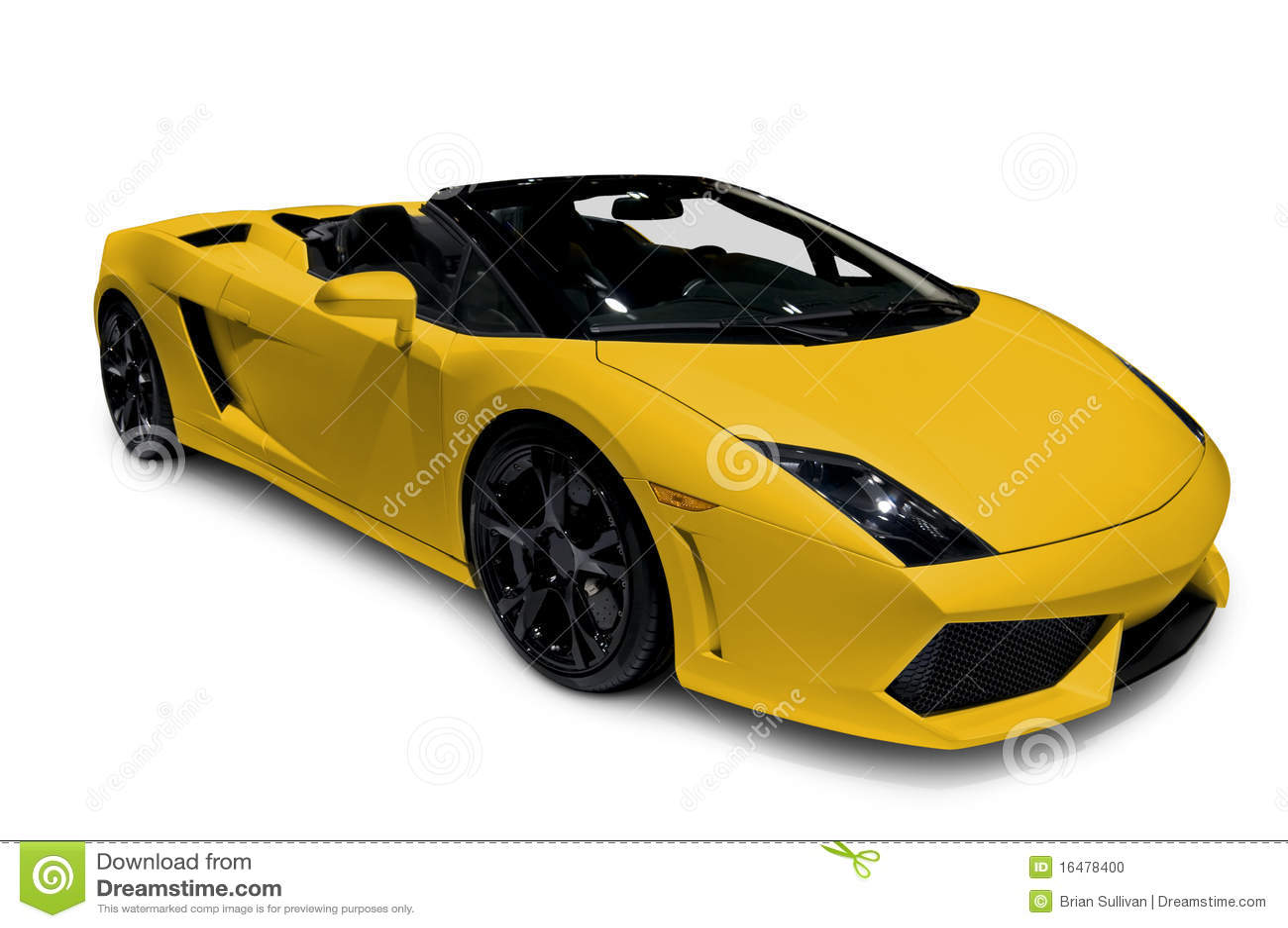 Roadster giallo con il percorso di residuo della potatura meccanica