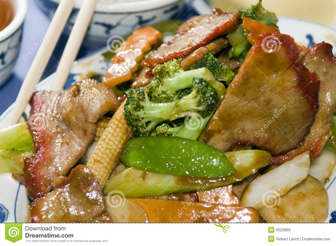 Roast Pork With Mixed Chinese Vegetables Royalty Free Stock Images