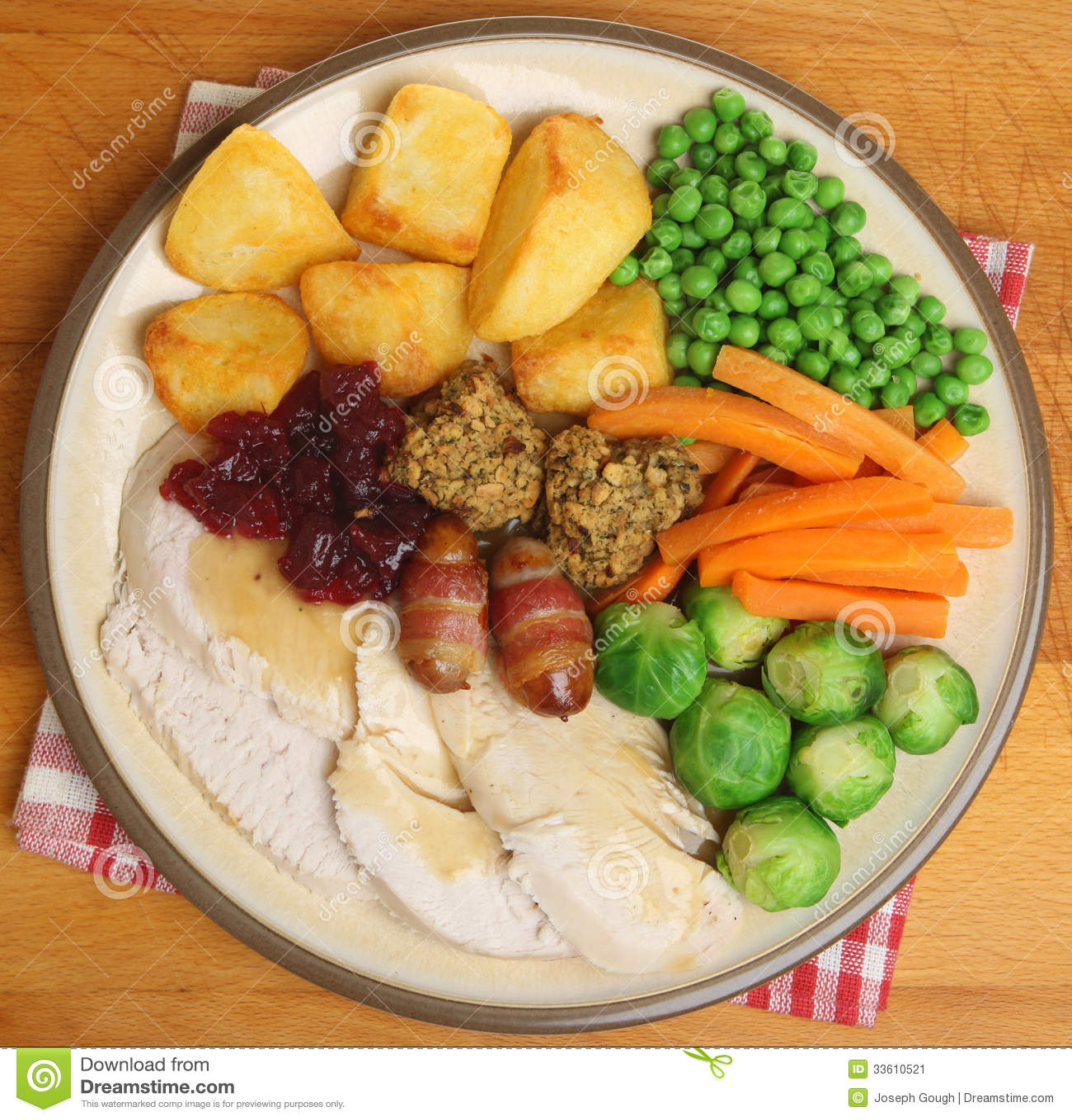 Roast Turkey Christmas Dinner Stock Image - Image: 33610521
