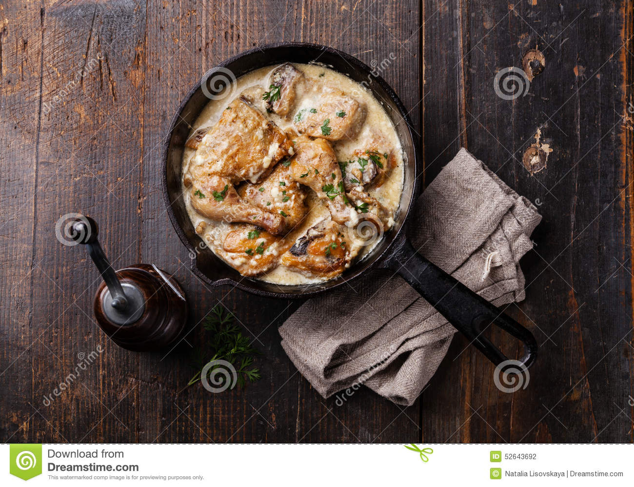 Roasted chicken with creamy garlic sauce
