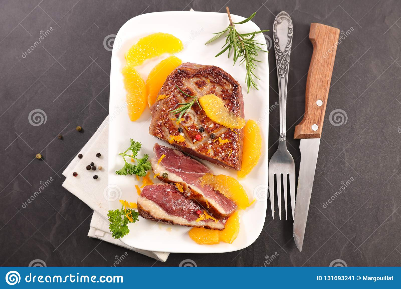 Roasted duck and oranges