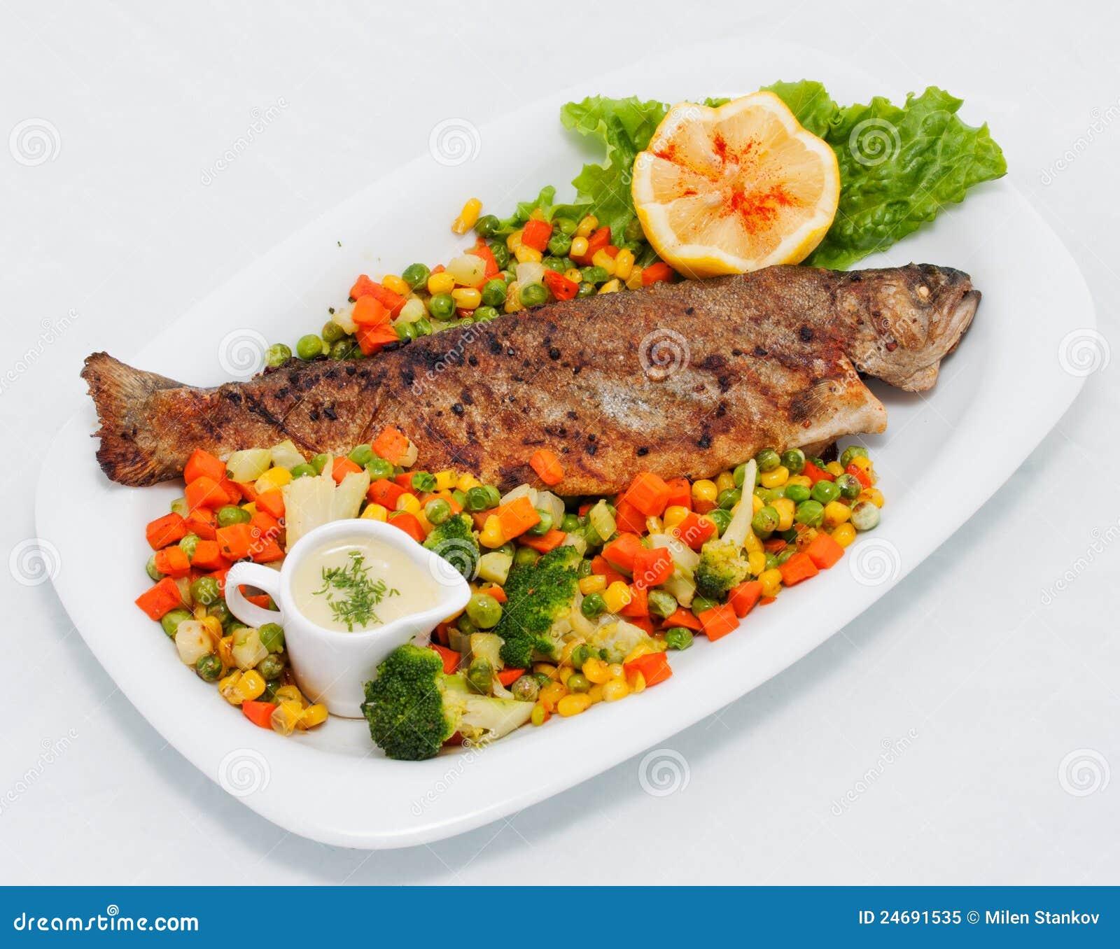 grilled salmon lemon