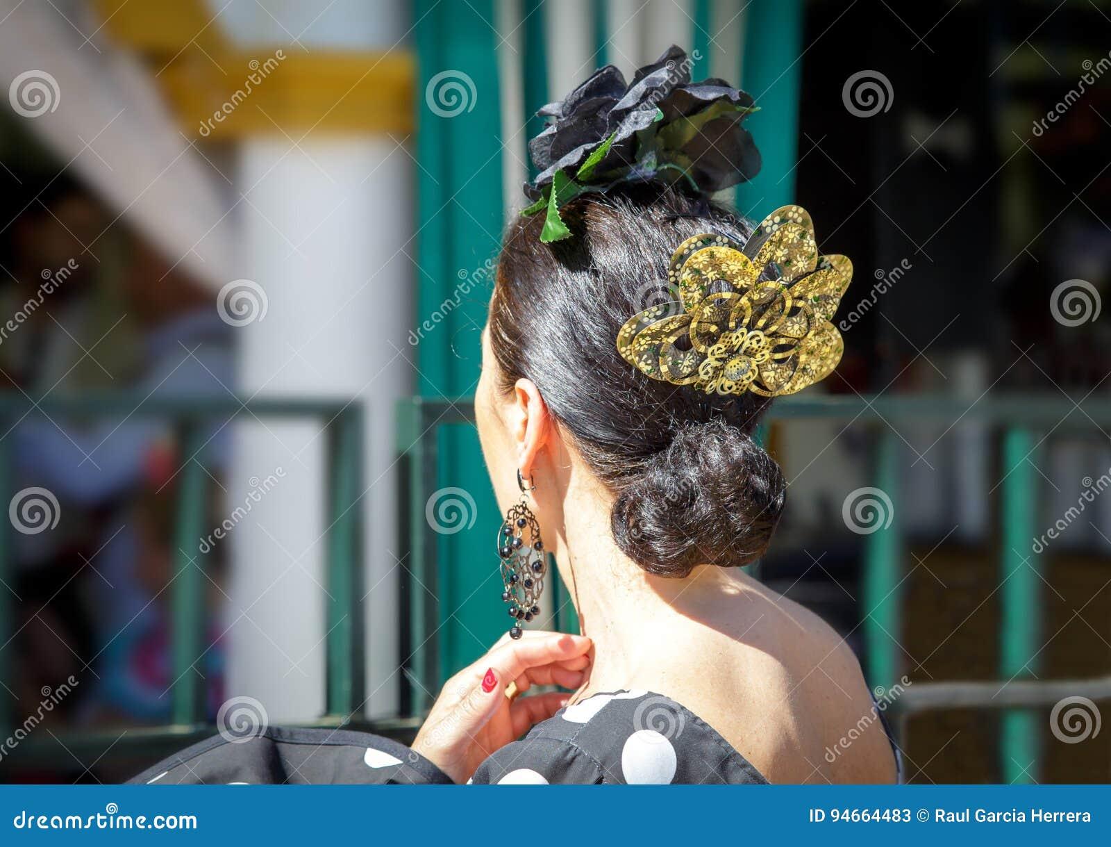 Robe De Port De Flamenco De Belle Femme Detail De Ps Traditionnel