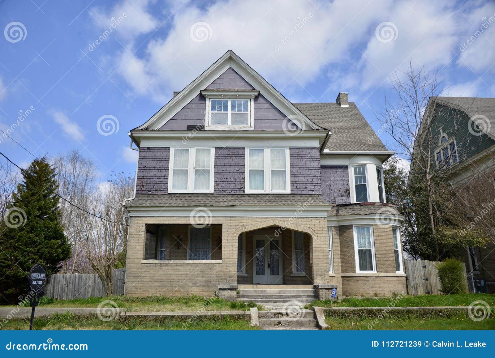 Robertson House Victorian Manor Jackson, Tennessee