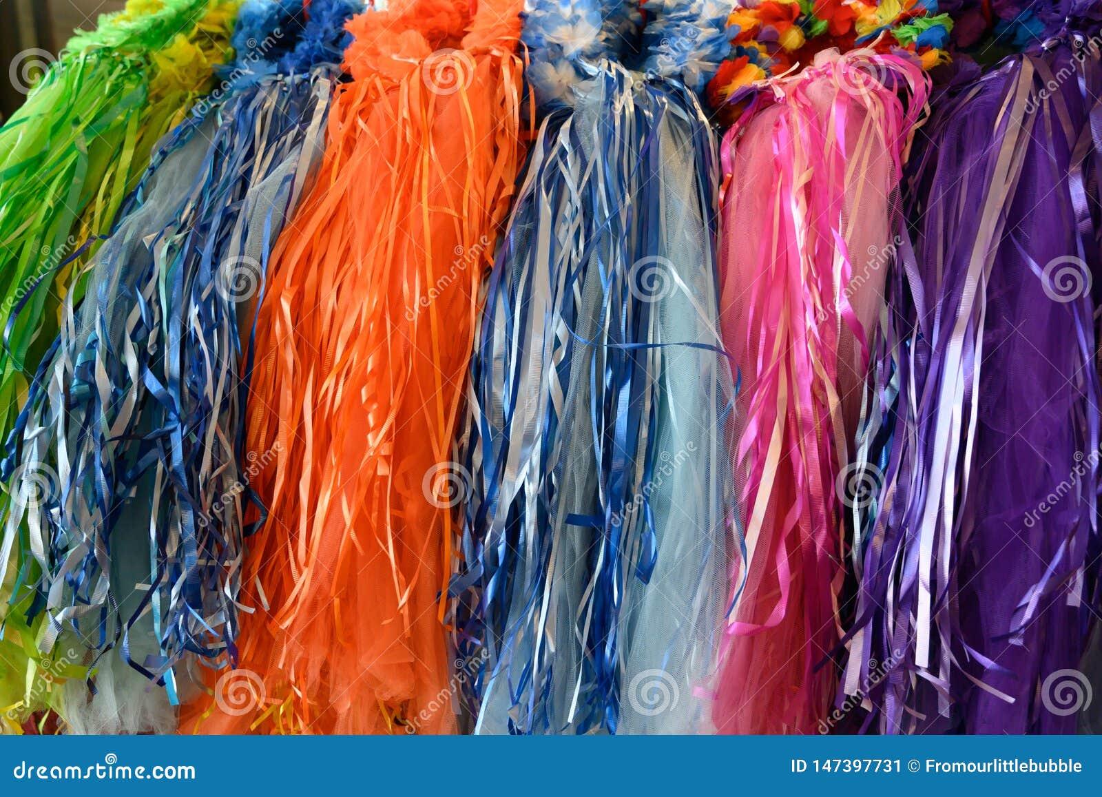 Robes principales colorées sur l affichage
