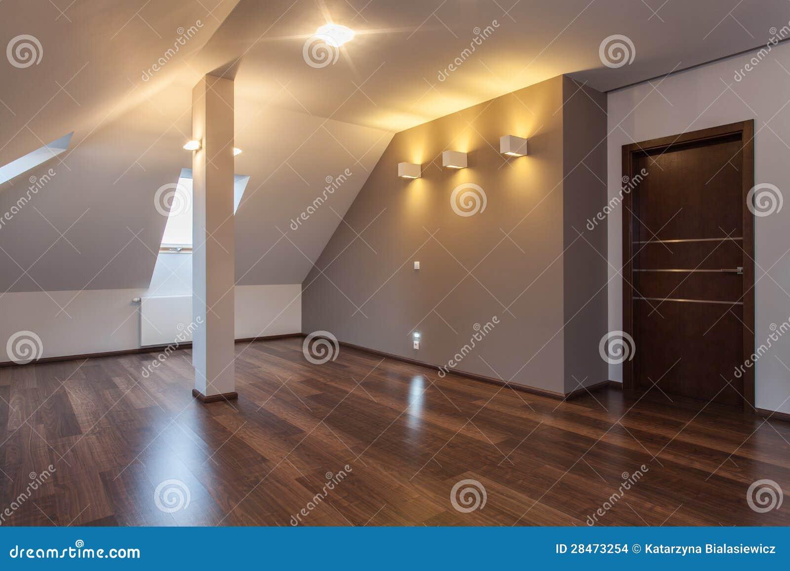 Robijnrood huis die - zich binnen bewegen