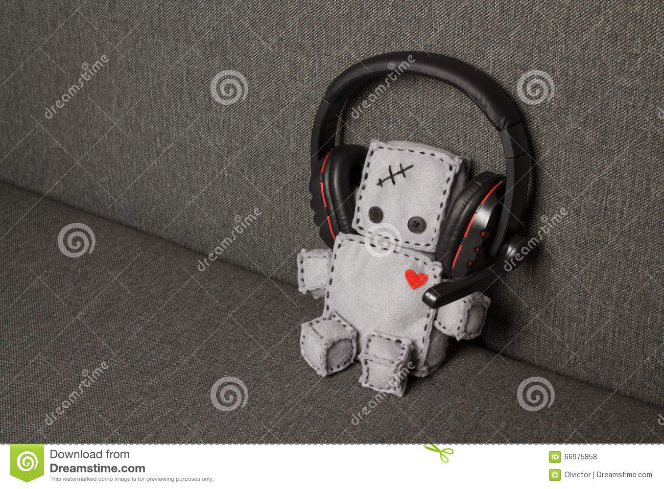 Robot With Headset and Heart. Lovely.