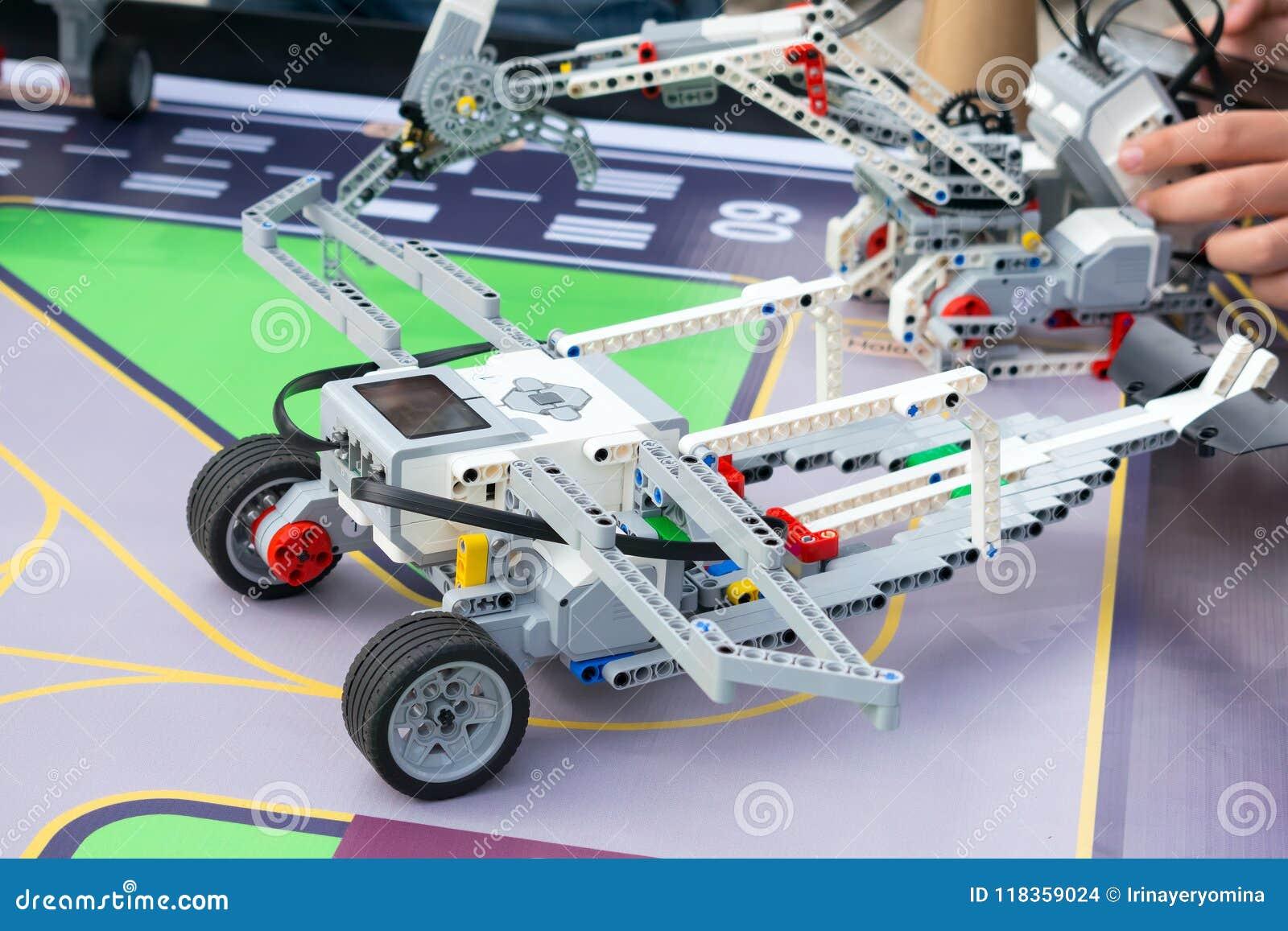 Robotbil, robotteknik med fjärrkontroll Fanrobotar med childre
