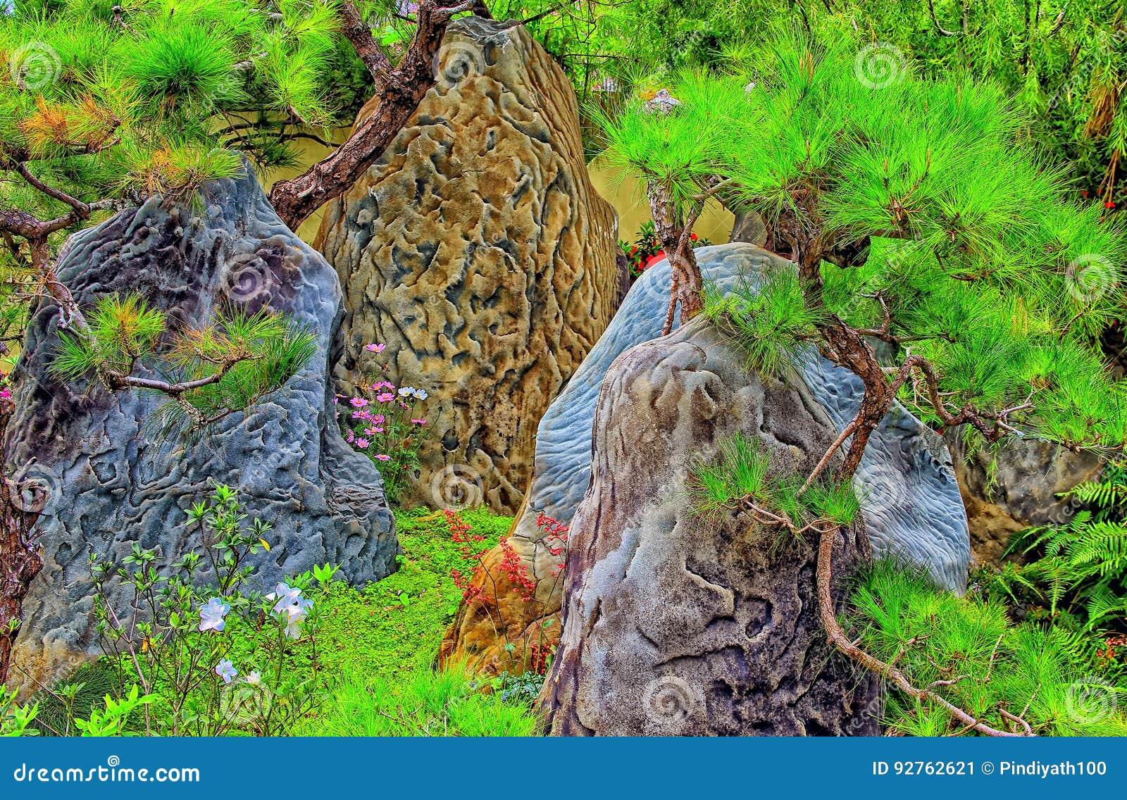 Jardin Mineral Zen Photo rocas chinas del jardín del zen imagen de archivo - imagen