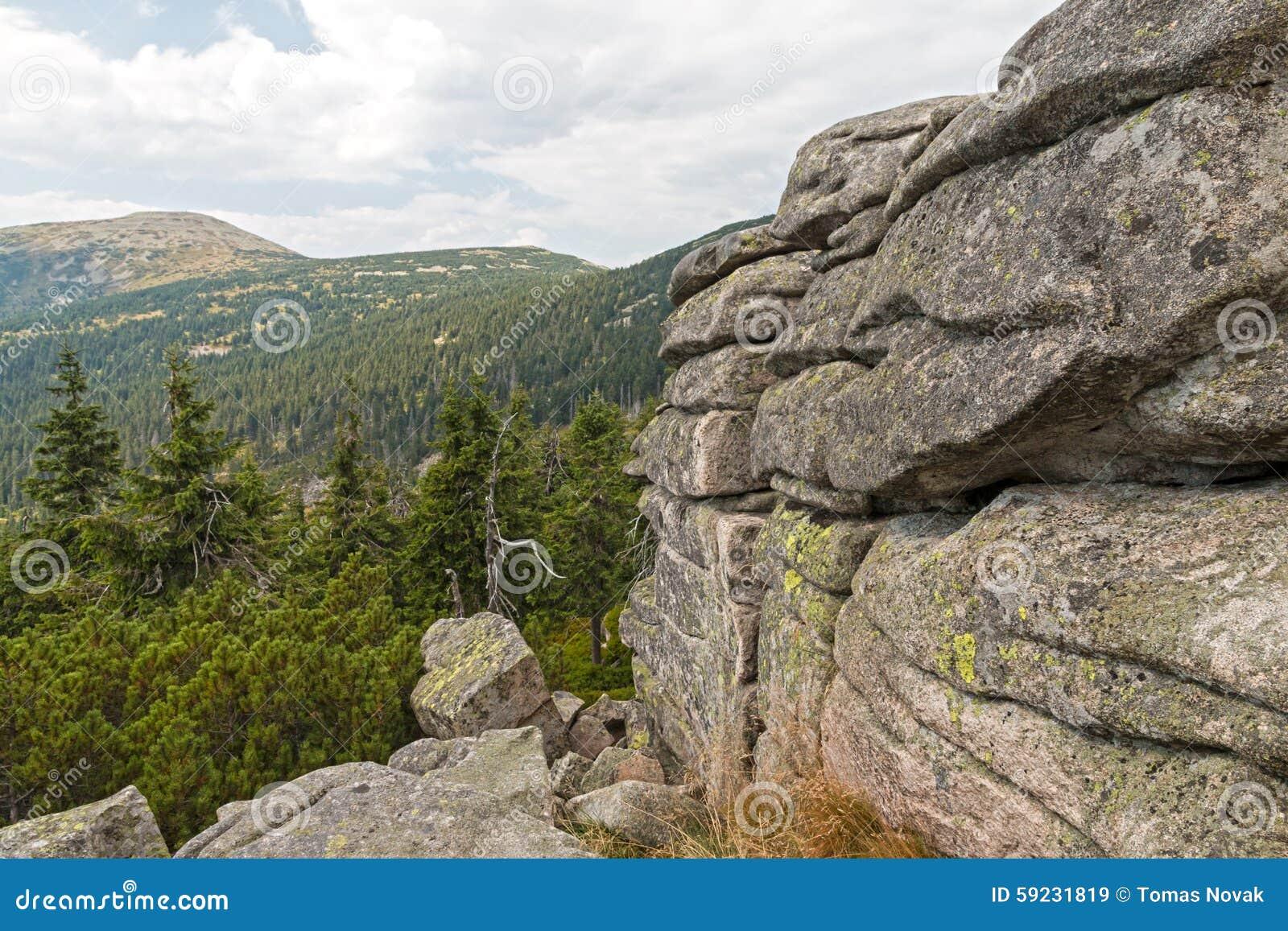 Download Rocas En Las Montañas De Krkonose Imagen de archivo - Imagen de puerta, paisaje: 59231819