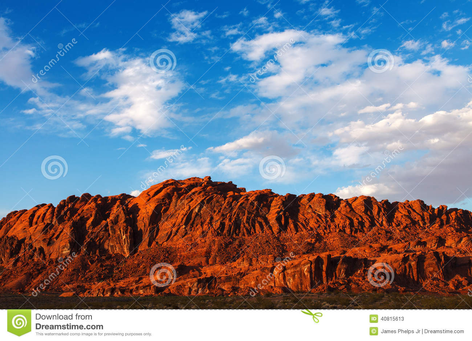 Rocas Rojas Del Desierto De Mojave En El Valle Del Parque