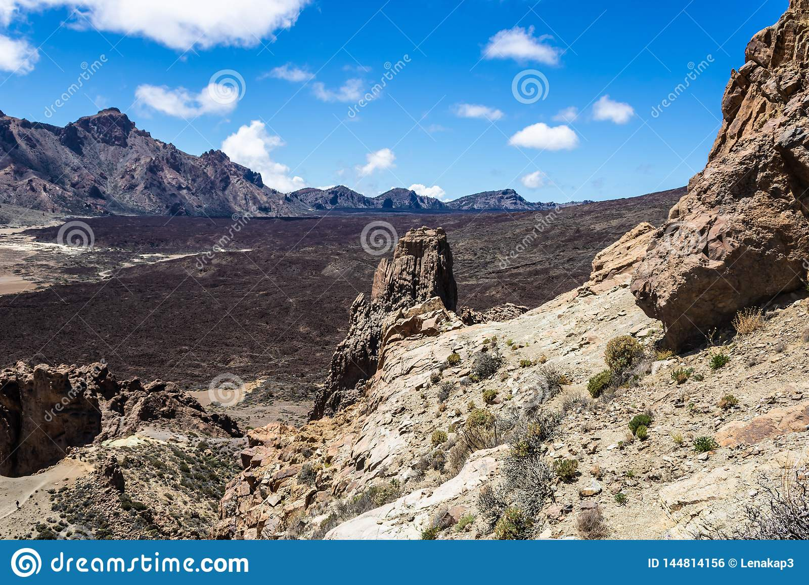 Rocce vulcaniche vicino al supporto Teide, Tenerife, isole Canarie, Spagna - immagine