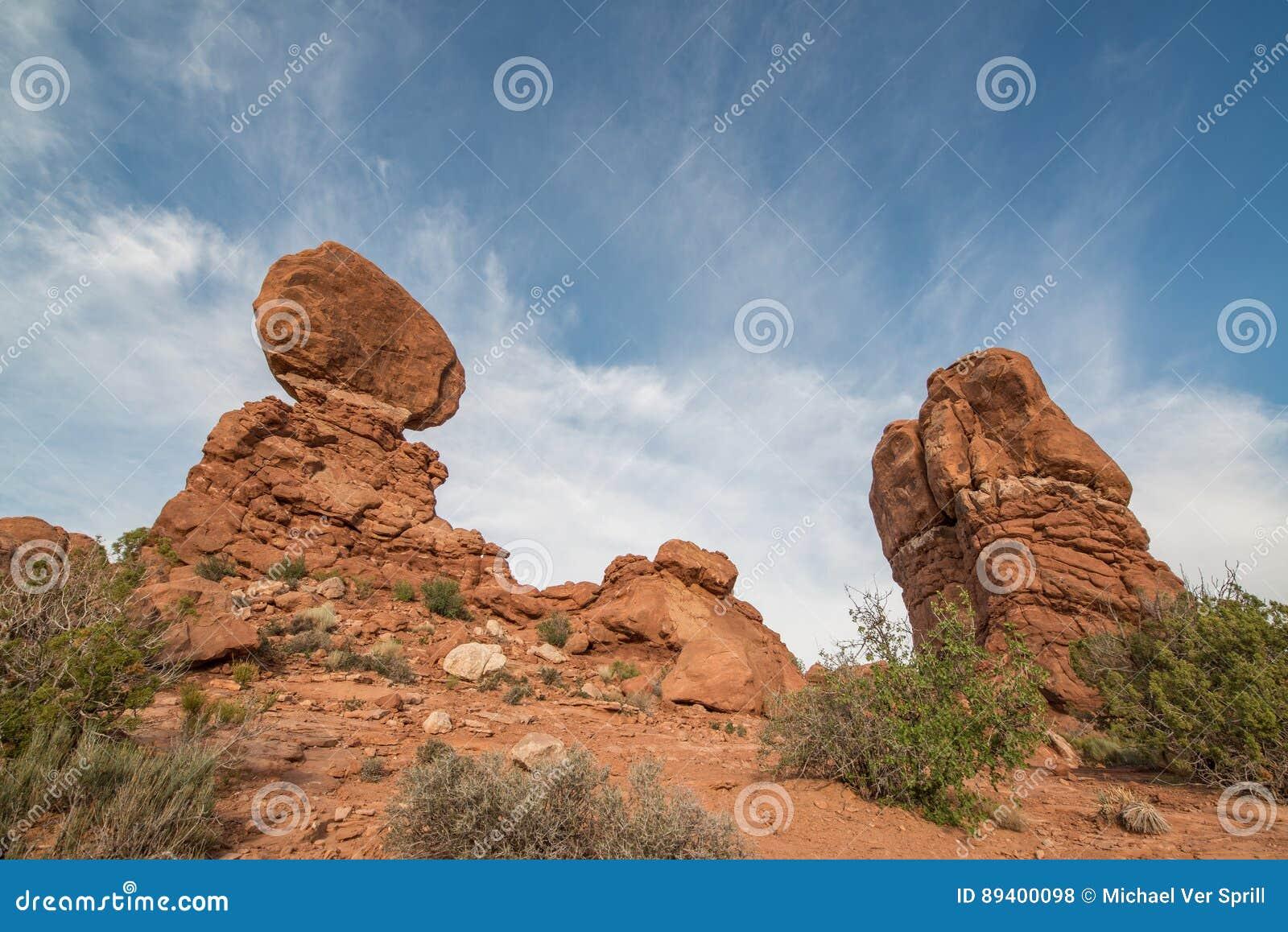 Rocha equilibrada no parque nacional dos arcos