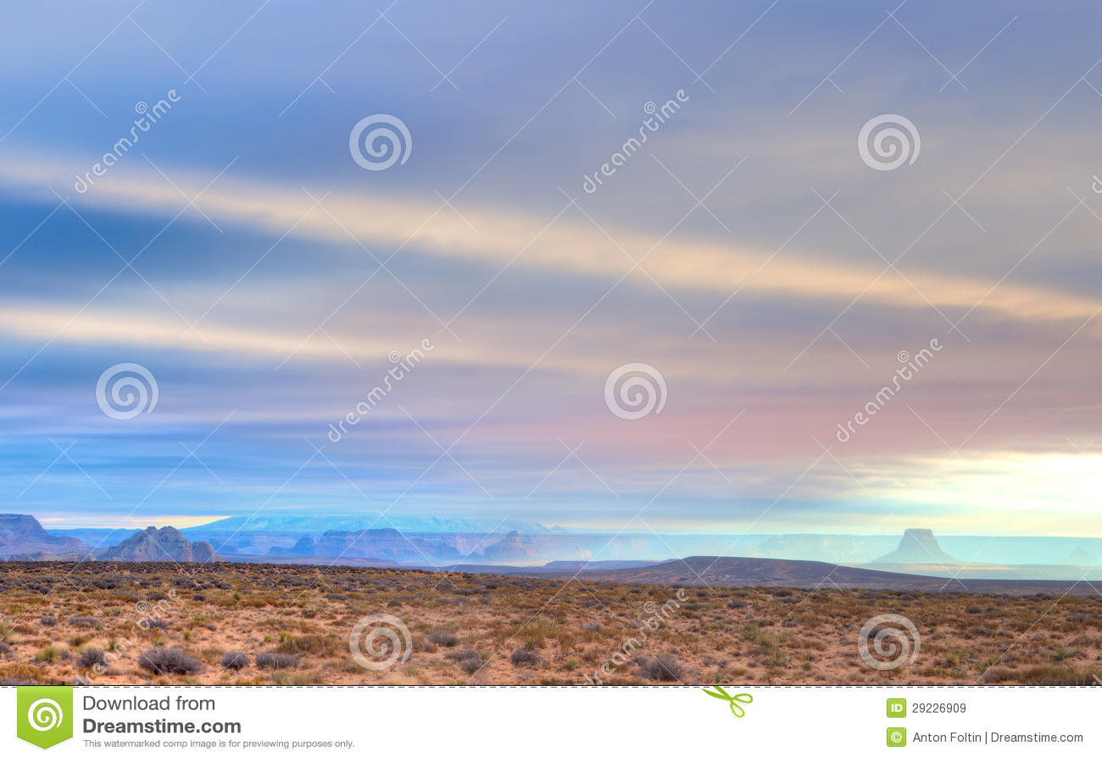 Download Rocha solitária imagem de stock. Imagem de arizona, lago - 29226909