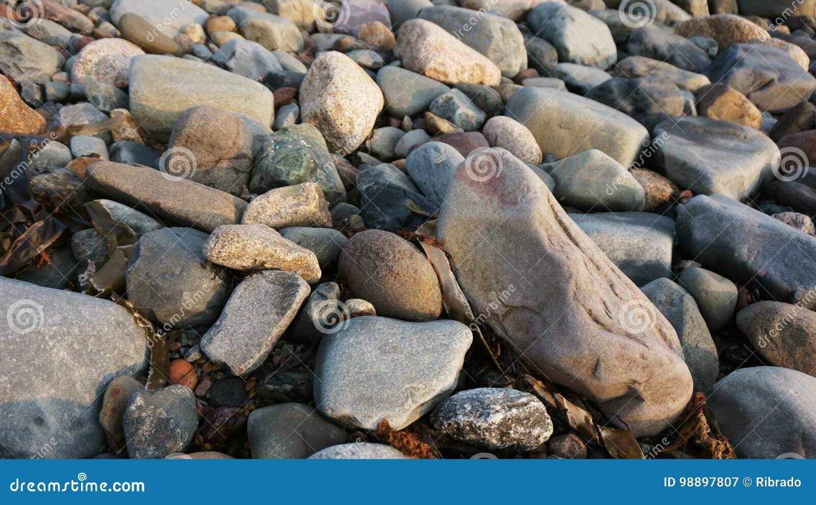 Rochas perto do Oceano Atlântico