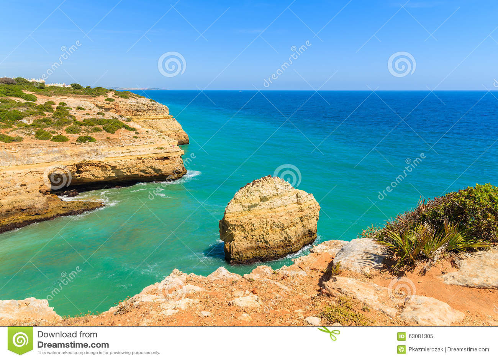 Download Roches De Mer Et De Falaise De Turquoise Image stock - Image du couleur, lagos: 63081305