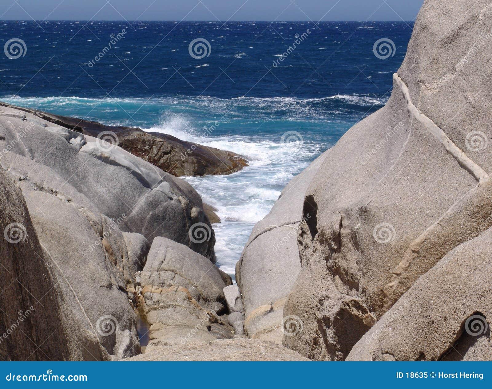 Roches et mer