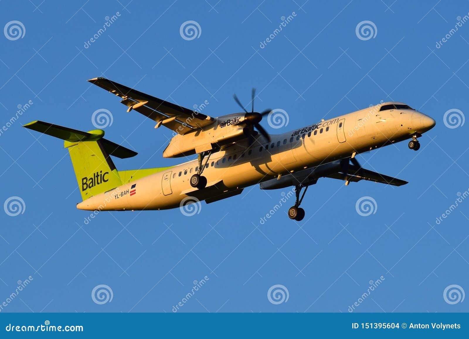 Rociada 8 del bombardero de AirBaltic